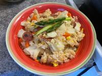清冰箱料理之臘腸蔬菜炒飯