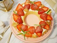 好夢幻「草莓花圈塔」可愛到不行 ♡
