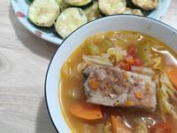 濃郁蕃茄蔬菜湯-特福萬用鍋