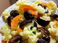 白花椰菜炒香菇
