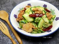 蒜香辣炒雞肉櫛瓜麵(減醣)