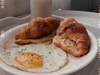 (私の朝食)鮪魚起司可頌 ♡´・ᴗ・`♡