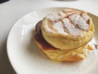 無麵粉日式舒芙蕾鬆餅(日式梳乎厘班戟)