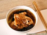 黑木耳老菜脯雞湯.柯媽媽の植物燕窩