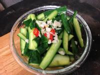 簡單夏日開胃涼拌菜:涼拌小黃瓜