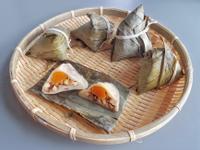 筍香蛋黃粿粽 (牛頭牌紅蔥醬)