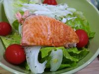 烤鮭魚生菜沙拉