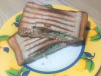豬排起司蛋熱壓三明治