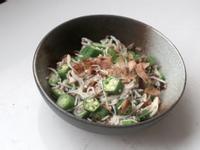 魩仔魚拌秋葵:5分鐘料理
