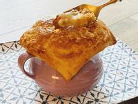 「酥皮海鮮濃湯」家常牛排館湯品系列