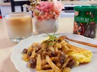 舒芙蕾歐姆蛋搭奶油鴻禧菇【蛋奶素早午餐】