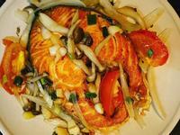 經典奶油燜鮭魚