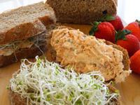 輕食-全麥鮭魚三明治