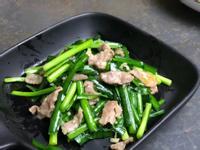 韭菜炒梅花豬