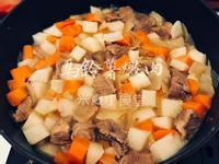 馬鈴薯燉肉(珐瑯鑄鐵鍋)