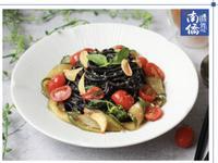 【南僑讚岐】西西里蒜香鯷魚佐黃瓜墨魚麵