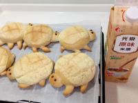 烏龜菠蘿麵包~光泉原味米漿