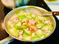香菇絲瓜瘦肉羹湯/S&B柚子青辣椒醬