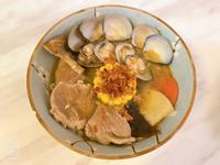 鳳梨皮蝦殼什錦麵