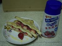 《草莓就愛鷹牌煉奶》- 草莓煉乳法式三明治