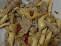 秀珍菇辣炒肉片