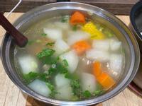 紅白蘿蔔玉米排骨湯