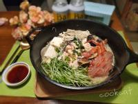 石蟹鮭魚菇菇豆漿鍋(低醣養身鍋)