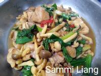 塔香雞肉炒鮮菇