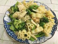 白醬雞肉菇菇義大利麵