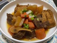 飛利浦微電鍋-蘿蔔燉牛肉(油豆腐)