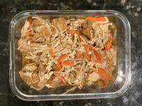 沙茶金菇炒油豆腐