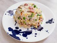 德式香腸鴻喜菇蛋炒飯