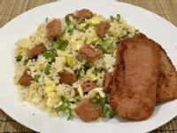 新餐肉翼豆蛋炒飯