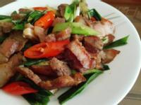 蒜苗炒鹹肉片