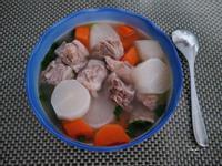 好男人料理-蘿蔔排骨湯