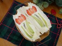 好美的「花朵三明治」讓人心花朵朵開♡