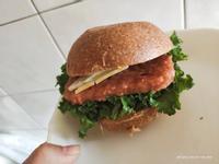 OmniPork新餐肉減醣花生醬漢堡