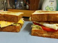 洋蔥豬肉三明治