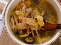 山藥香菇燉雞湯(Bruno 電子壓力鍋)