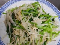 親子手作: 省錢料理之蝦皮銀牙炒菠菜