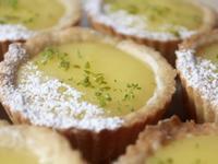 影片◆迷你法式檸檬塔|餅乾塔皮、馬芬烤模