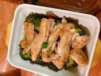 超簡單花椰菜雞腿肉 0廚藝