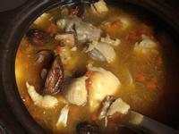 冬日暖心料理:麻油清雞湯(無酒)