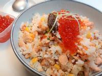 鮭魚炒飯豪華版
