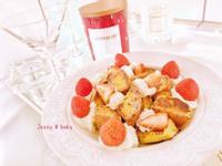 草莓鮮奶油蜜糖吐司🍓
