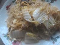 蔬菜瘦肉炒米粉