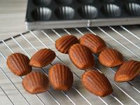 甜點食譜:蜂蜜or巧克力瑪德蓮 親子點心