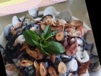 海鮮墨魚義大利麵