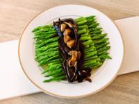 日式黑木耳茸菇醬佐蘆筍.柯媽媽の植物燕窩