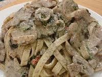雞高湯-松露奶油蘑菇義大利麵